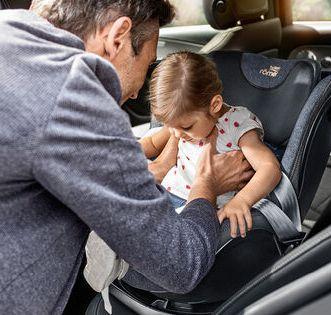 Britax Romer, Swingfix M i-Size - fotelik samochodowy od 3 miesięcy do 4 lat