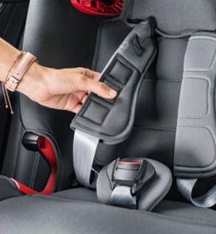 Britax Romer, Advansafix IV R - fotelik samochodowy isofix od 9 miesięcy do 12 lat, 9 - 36 kg pasy bezpieczeństwa