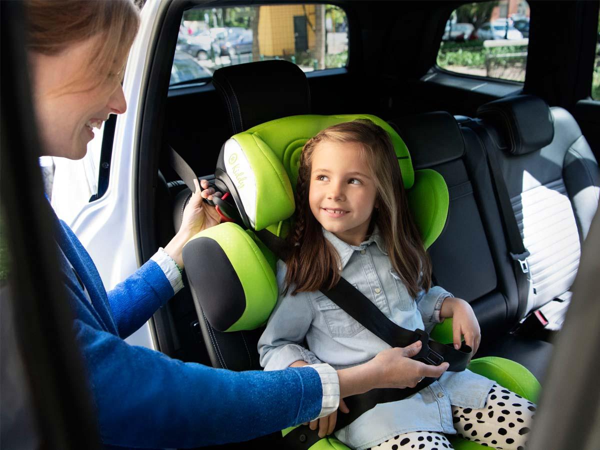 Fotelik samochodowy, dziecko, podróż, bezpieczeństwo