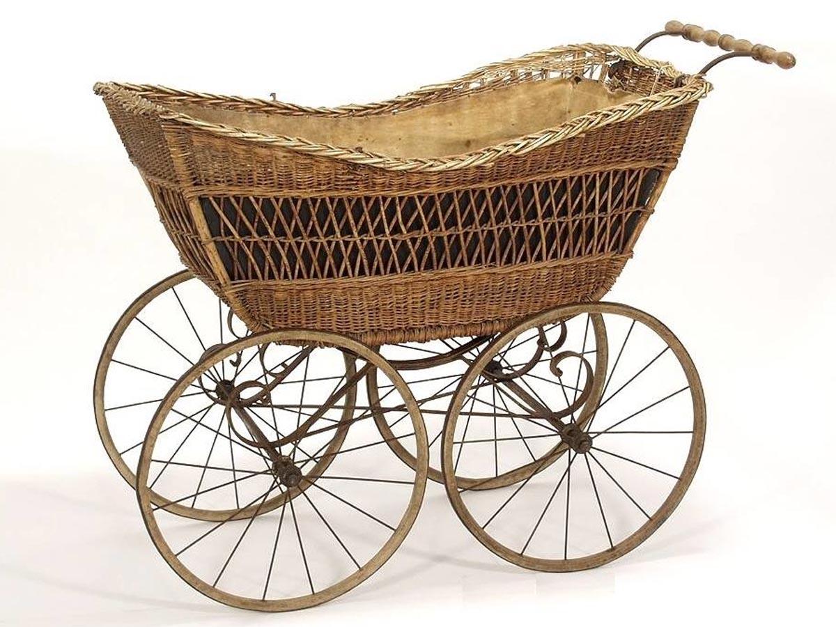 stary wózek. oldshool, zabytek